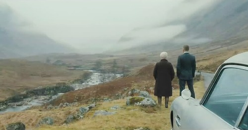 Daniel Craig y Judi Dench. (Skyfall. MGM, Columbia Pictures, EON Productions. 2012.)