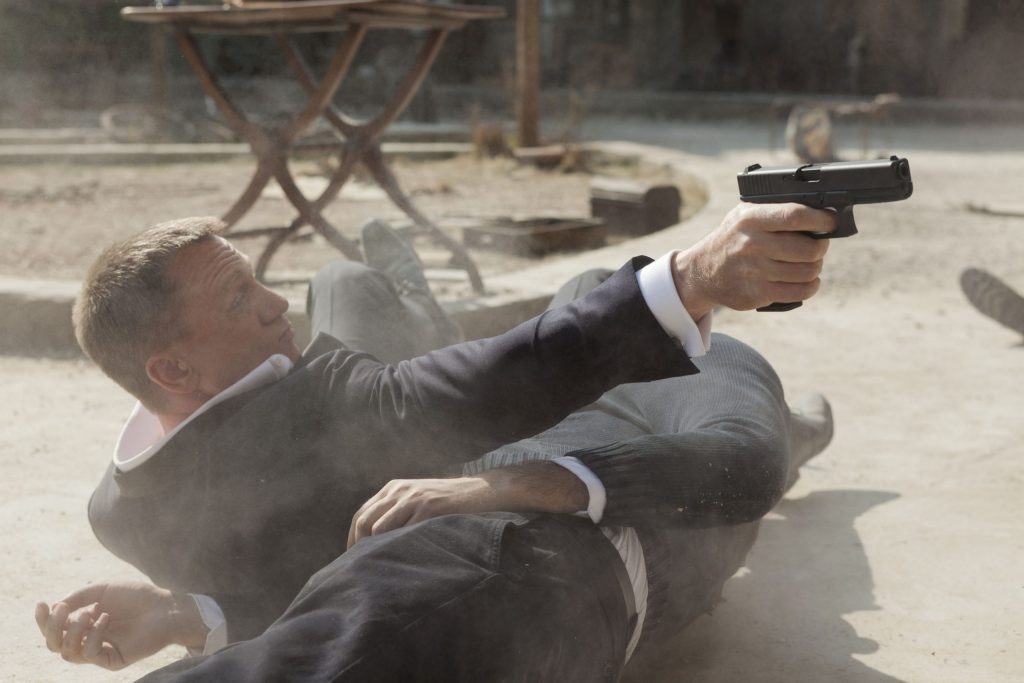 Daniel Craig. (Skyfall. MGM, Columbia Pictures, EON Productions. 2012.)