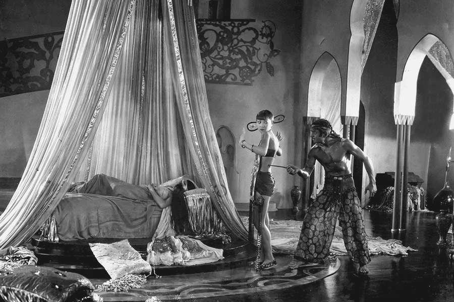 Anna May Wong, Douglas Fairbanks y Julanne Johnston. (The thief of Bagdad. United Artists. 1924.)