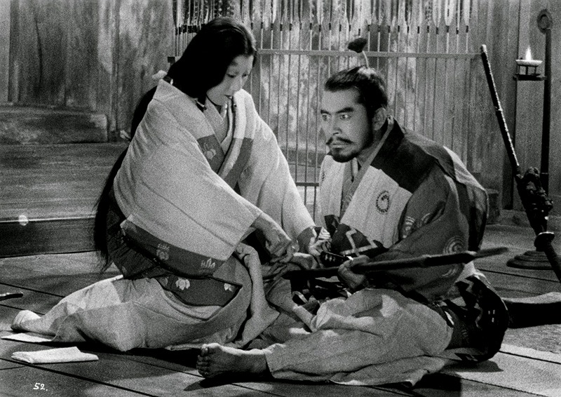 Isuzu Yamada y Toshirô Mifune. (Trono de sangre. Toho, Kurosawa Production Co. 1957.)
