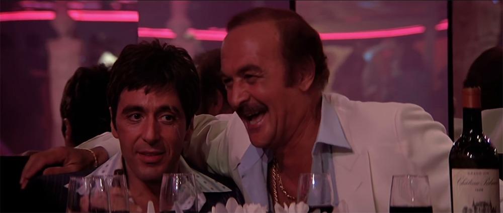 Al Pacino y Robert Loggia. (Scarface. Universal Pictures. 1983.)