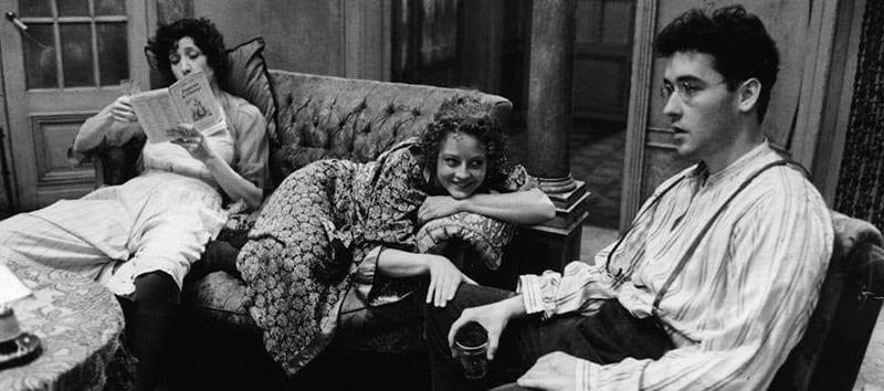 Jodie Foster, Lily Tomlin y John Cusack. (Sombras y niebla. Orion Pictures. 1991.)