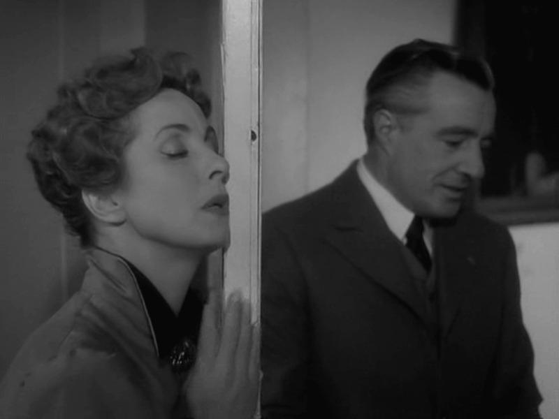 Danielle Darrieux y Vittorio De Sica. (Madame de... Franco London Films, Indus-Rizzoli, Rizzoli Film. 1953.)