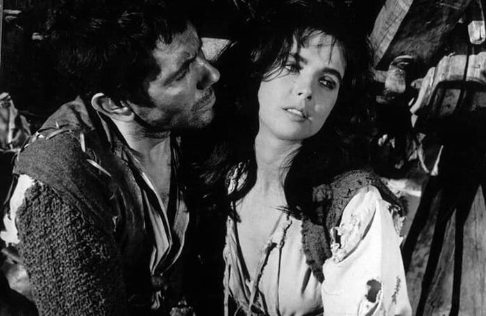 Millie Perkins y Walter Santesso. (Dulcinea. Aspa Producciones Cinematográficas S.A, Nivifilm. 1963.)