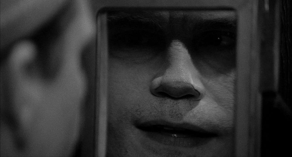 John Malkovich. (Sombras y niebla. Orion Pictures. 1991.)