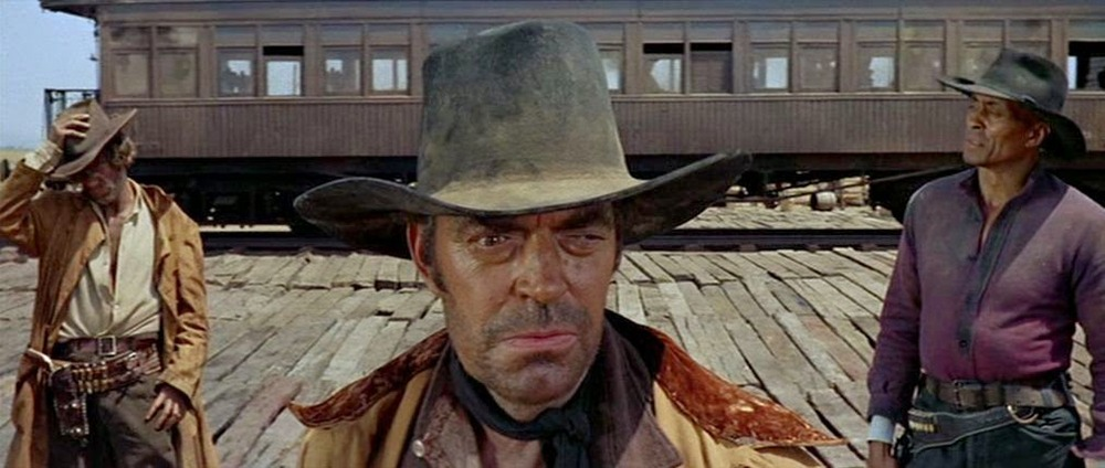 Jack Elam, Al Mulock y Woody Strode.(Once upon a time in the west. Paramount Pictures. 1968.)