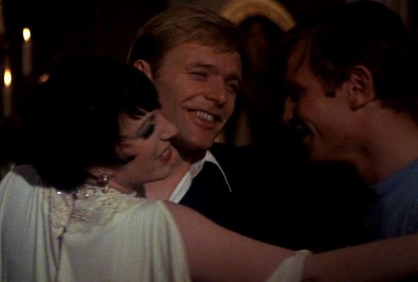 Liza Minnelli, Michael York y Helmut Griem. (Cabaret. Allied Artists, ABC Pictures. 1972.)