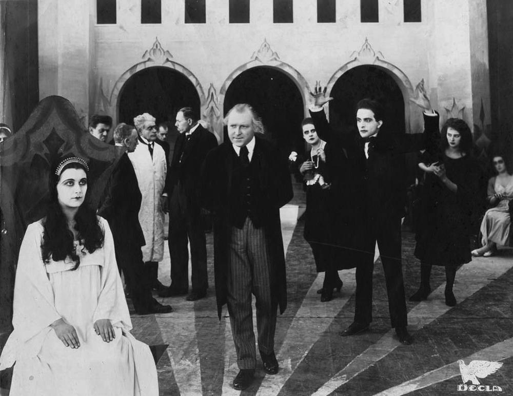 Lil Dagover, Werner Krauss y Conrad Veidt. (El gabinete del Doctor Caligari. Decla Film. 1920.)