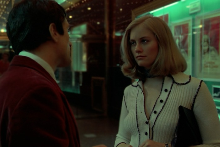 Cybill Shepherd y Robert de Niro. (Taxi driver. Columbia Pictures. 1976.)