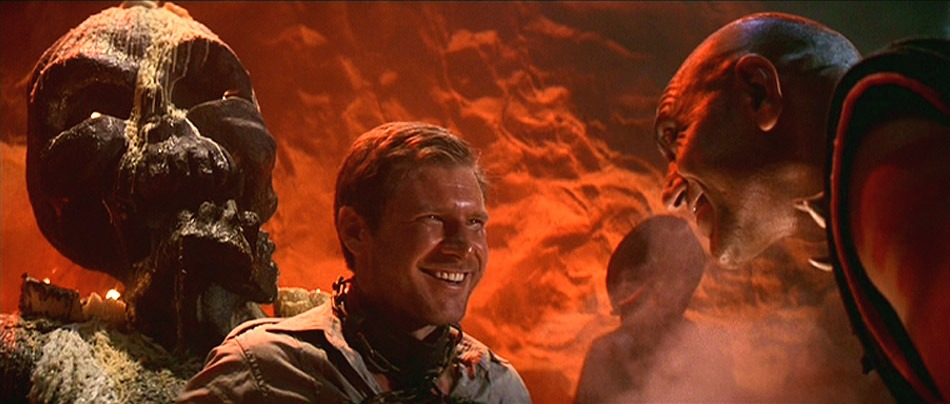 Harrison Ford y Amrish Puri. (Indiana Jones and the temple of doom. Paramount Pictures, Lucasfilm. 1984.)