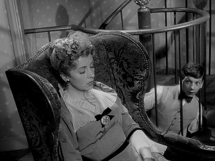 Danielle Darrieux. (Madame de... Franco London Films, Indus-Rizzoli, Rizzoli Film. 1953.)