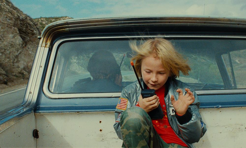 Hunter Carson. (Paris, Texas. Road Movies Filmproduktion, Argos Films, Film4 Productions, Westdeutscher Rundfunk, Pro-ject Filmproduktion, Wim Wenders Stiftung. 1984.)