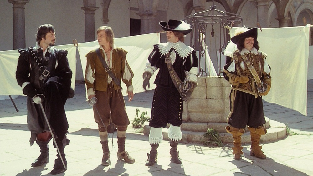 Oliver Reed, Michael York, Richard Chamberlain y Frank Finlay. (Los tres mosqueteros. Salkind Productions, Film Trust S.A. Este Films. 1973/1974.)