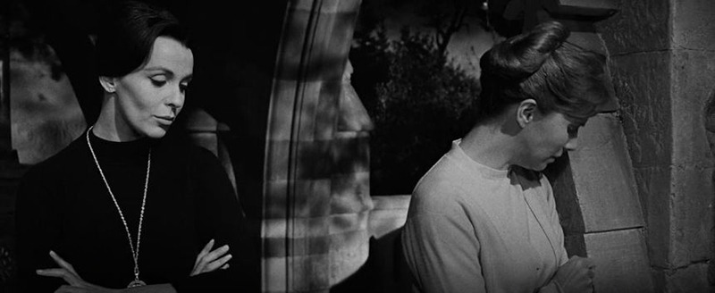Claire Bloom y Julie Harris. (The haunting. M.G.M. 1963.)