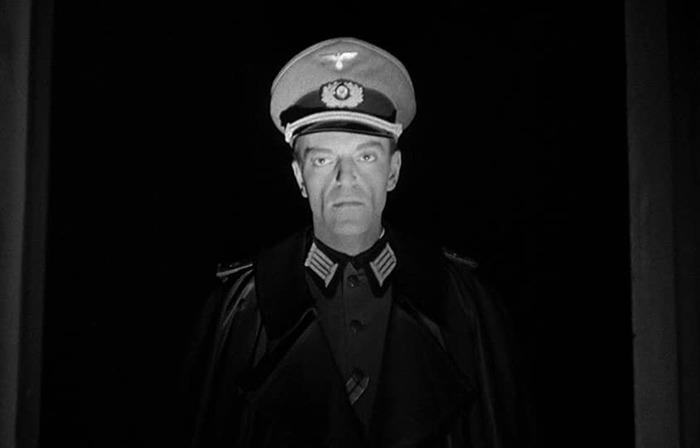 Howard Vernon. (El silencio del mar. Melville Productions. 1949.)