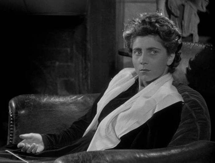 Nicole Stéphane. (El silencio del mar. Melville Productions. 1949.)