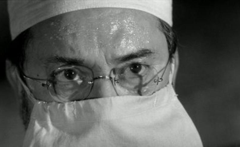 Pierre Brasseur. (Los ojos sin rostro. Champs-Élysées Productions, Lux Film. 1960.)