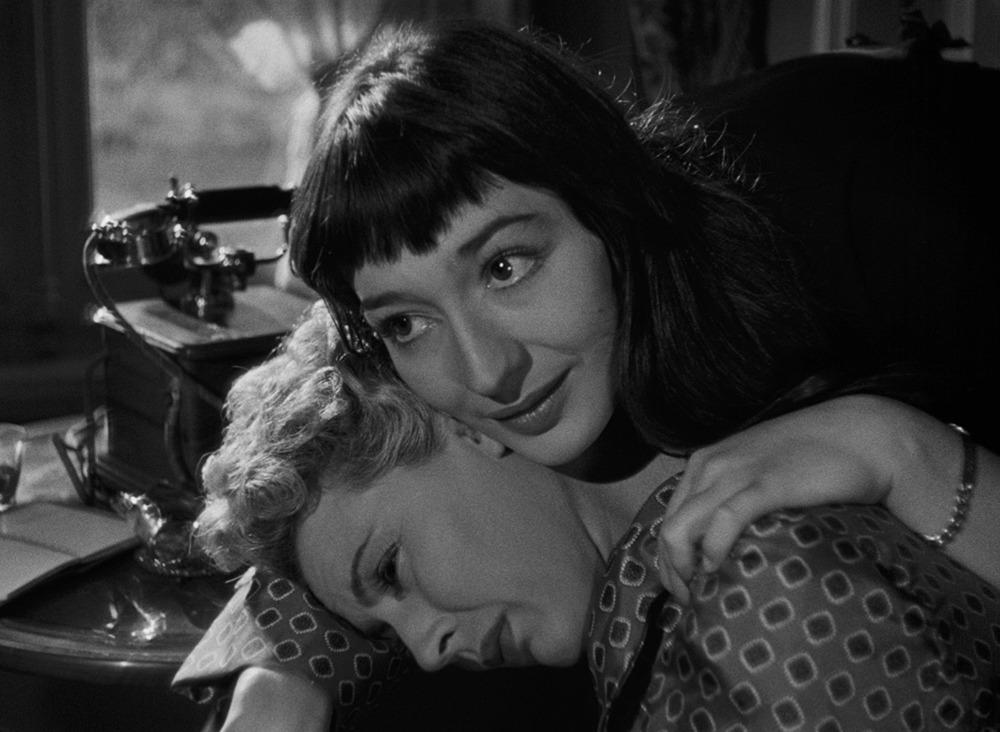 Juliette Gréco y Marie Déa. (Orfeo. Films du Palais Royal, Andre Paulve Film. 1950.)