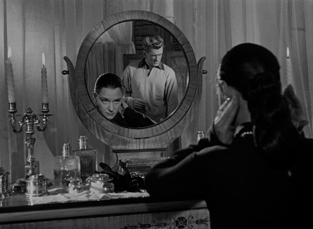 María Casares y Jean Marais. (Orfeo. Films du Palais Royal, Andre Paulve Film. 1950.)