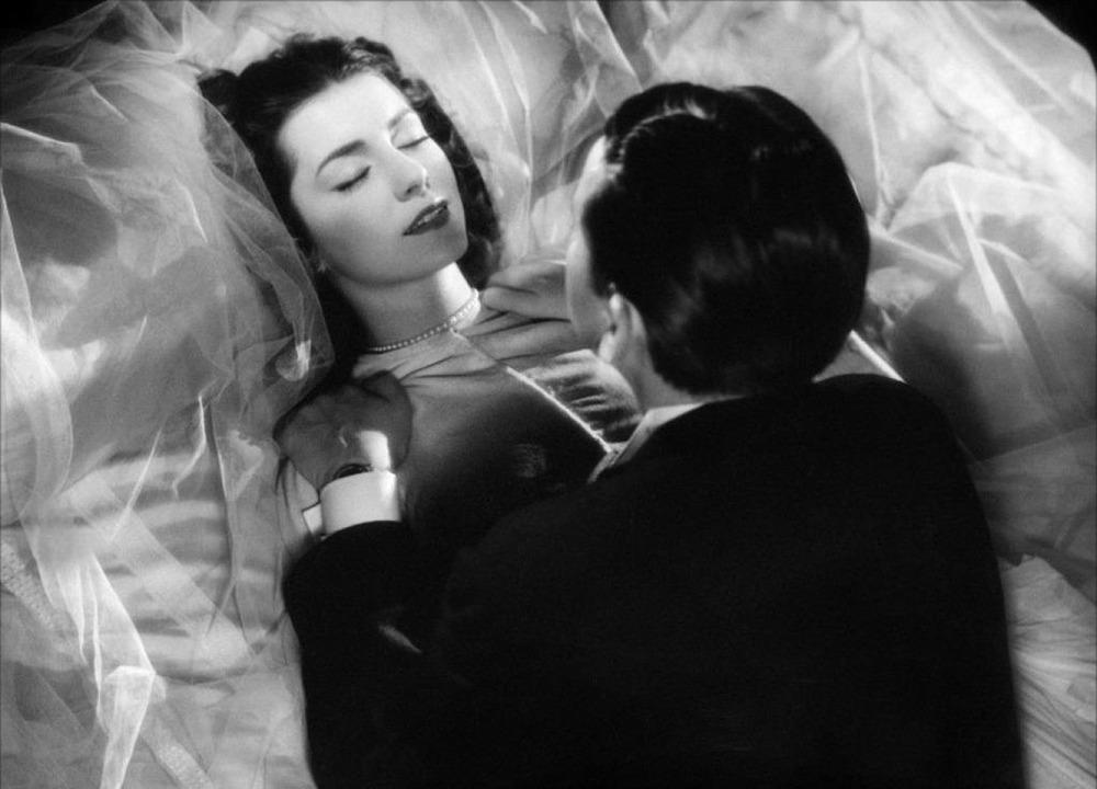 Elina Labourdette y Paul Bernard. (Las damas del bosque de Bolonia. Les Films Raoul Ploquin. 1945.)