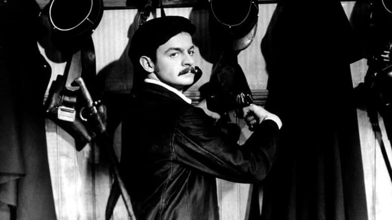 Serge Reggiani. (Casque d'or. Speva, Paris-Films Productions. 1952.)