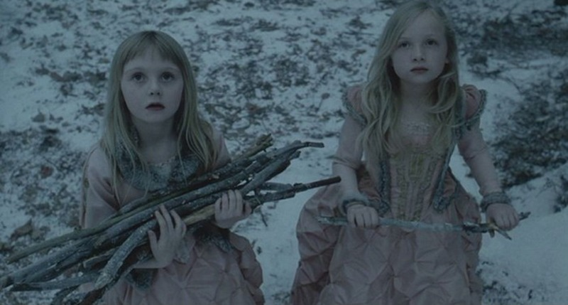 Bianca Nicholas y Lily Phillips. (Sleepy Hollow. Mandalay Pictures, Scott Rudin Productions, American Zoetrope. 1999.)