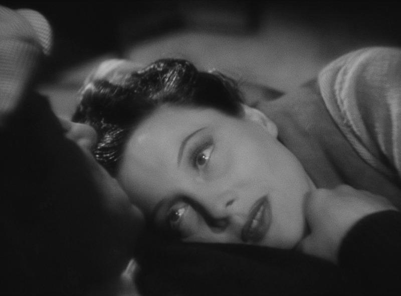 Arletty y Jean Gabin. (Al despertar el día. Productions Sigma. 1939.)