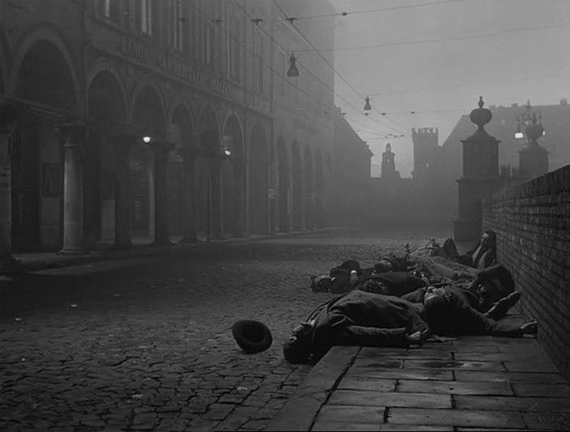 La larga noche del 43. (Ajace PC, Eurointer, Films Metzger et Woog. 1960.)