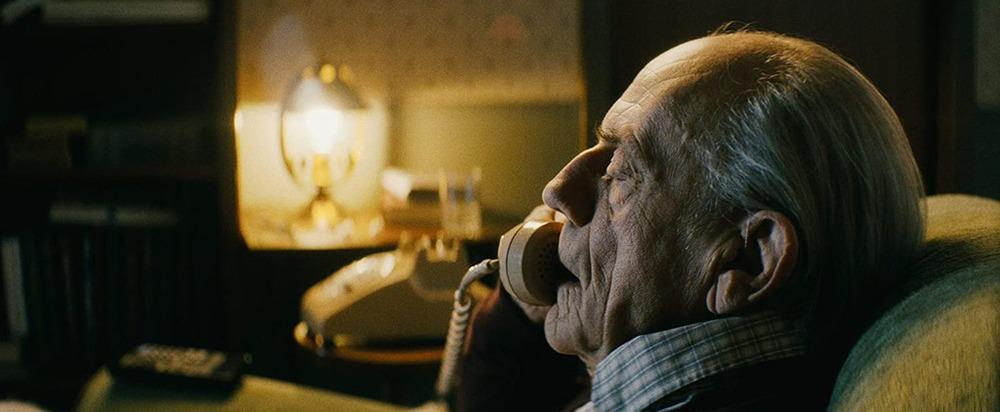 Christopher Lloyd. (Nadie. Odenkirk Provissiero Entertainment, 87North, Eighty Two Films. Distribuidora: Universal Pictures. 2021.)