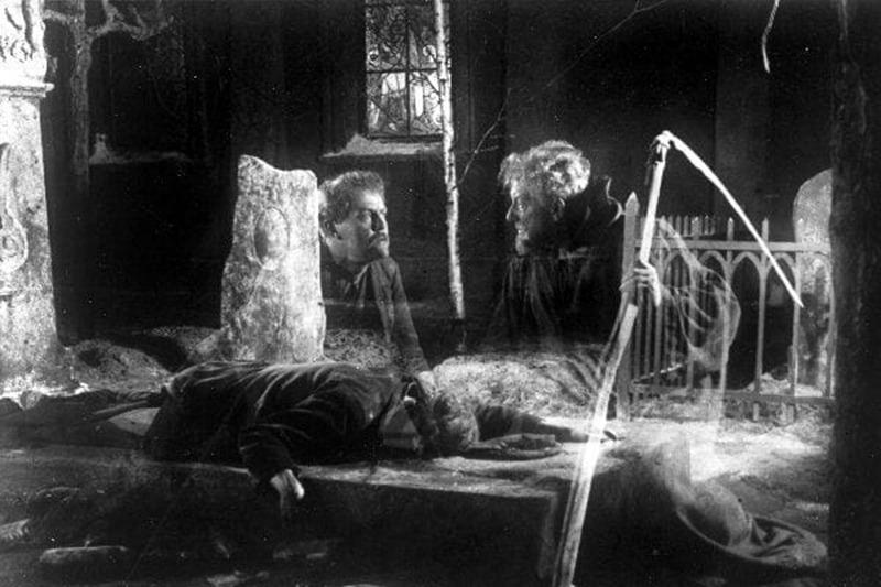 Victor Sjöström y Olof Ås. (La carreta fantasma. Svensk Filmindustri. 1921.)