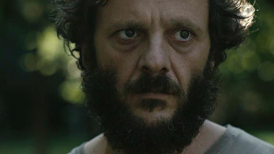 Bogdan Dumitrache. (Pororoca. Scharf Advertising, Irreverence Films. 2017.)