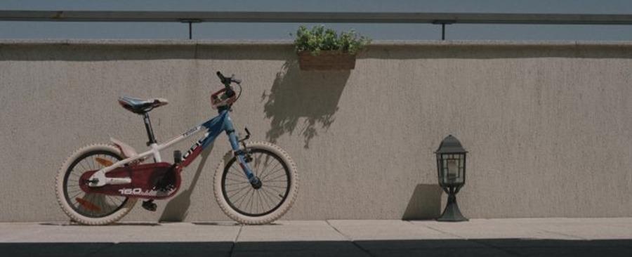 Pororoca. (Scharf Advertising, Irreverence Films. 2017.)