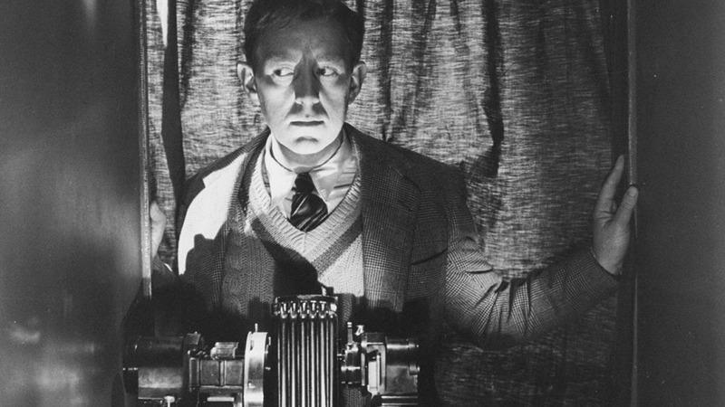 Alec Guinness. (El hombre del traje blanco. Ealing Studios. 1951.)